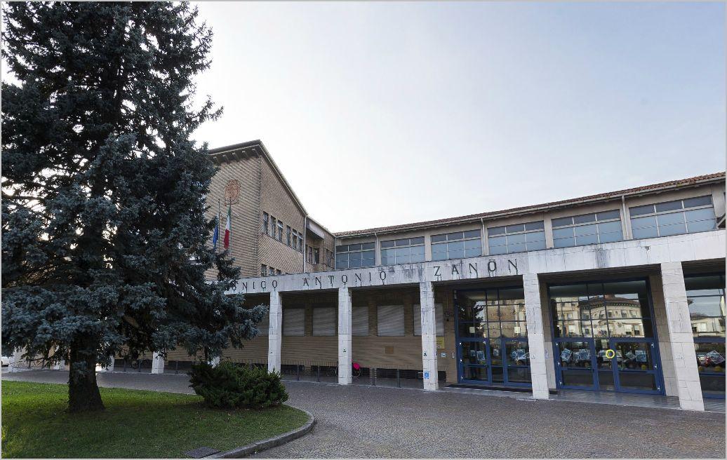 Chi siamo - ITC A. ZANON UDINE - Scuola in Chiaro